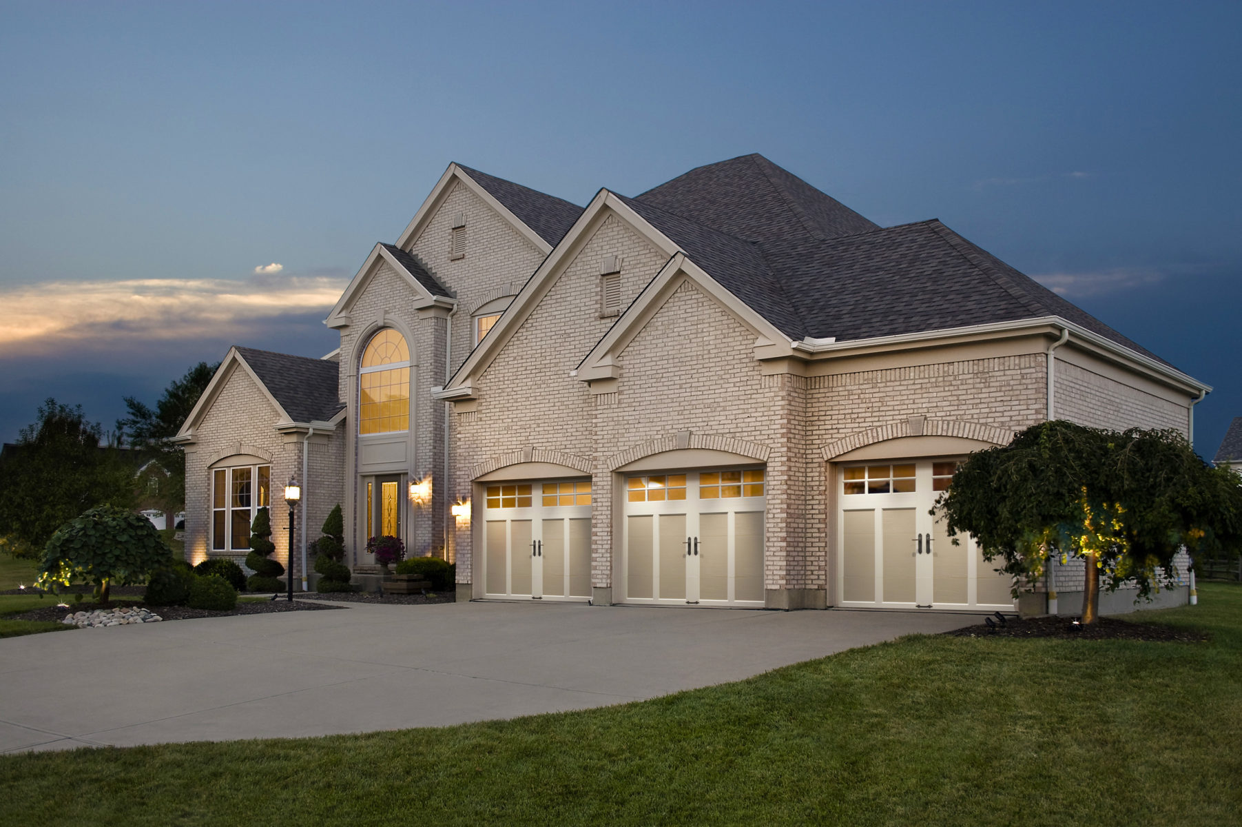 Beautiful Home With Clopay Residential Garage Doors