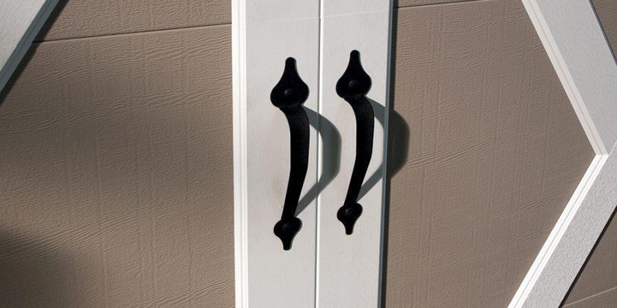 garage door handle image for Lake County, IN garage door replacement company
