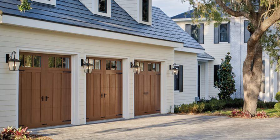garage door image for garage door repair service in hobart