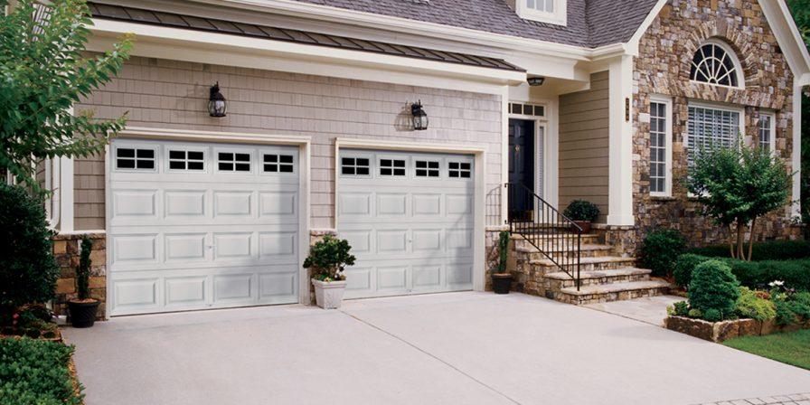 garage door image for knowledgeable garage door company in beecher
