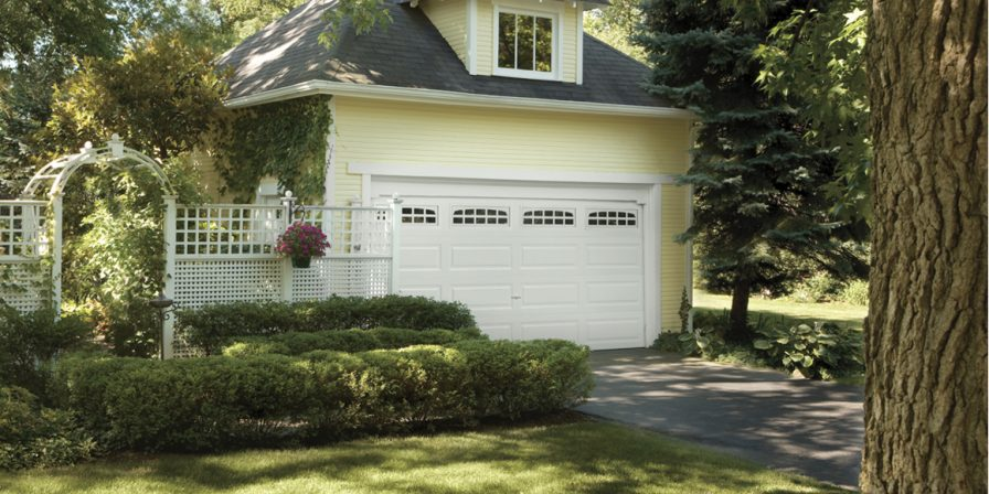 garage door image for highly rated garage door company in lowell