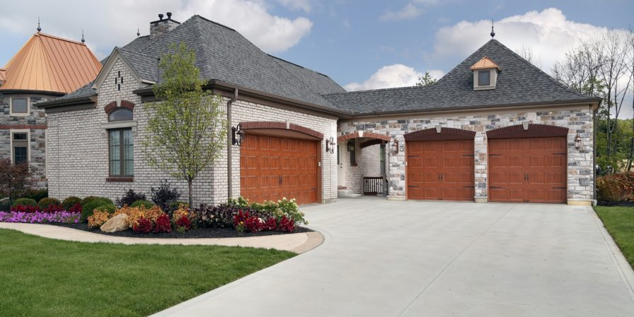 four car garage ideas when looking for an update to your home and an experienced garage door company in Demotte